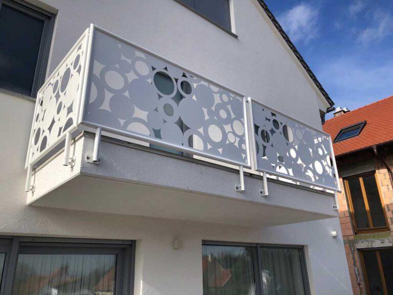Balkonverkleidung aus Metall